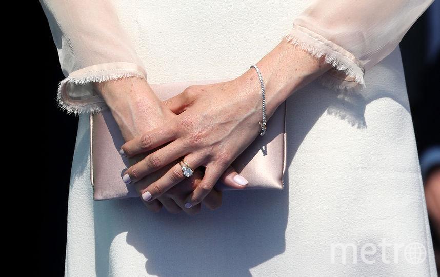 Меган Маркл выбирает лаконичные украшения. Фото Getty