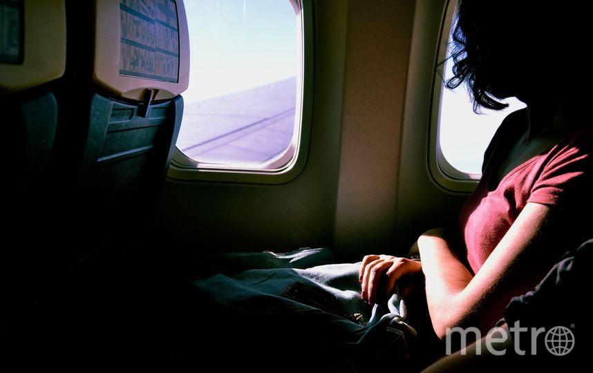 Во время полёта рекомендуется выпивать 200-250 мл воды каждый час. Фото Pixabay