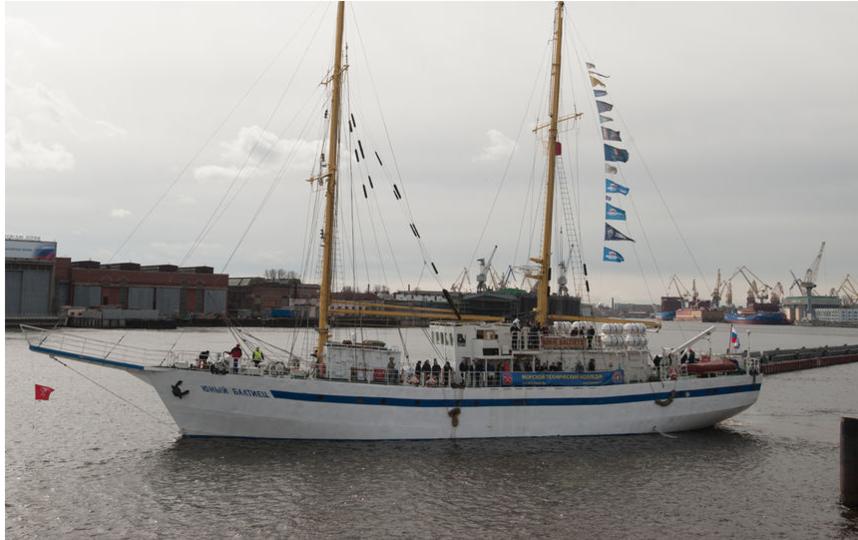"""Пока в Петербурге больше всех известен парусник «Балтиец», но это учебное судно. Фото """"Metro"""""""