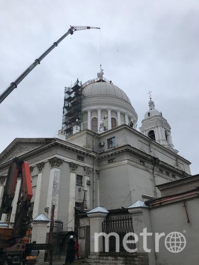 В декабре 2017 года на купол церкви Святой Великомученицы Екатерины на Васильевском острове (Кадетская линия, 27А) реставраторы вернули точную копию скульптуры ангела с воссозданным крестом.