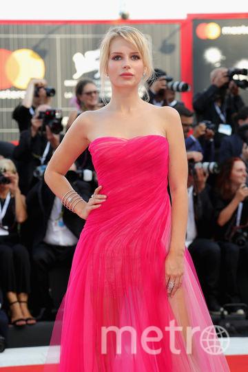 Платья с красной дорожки кинофестиваля в Венеции. Лотти Мосс. Фото Getty