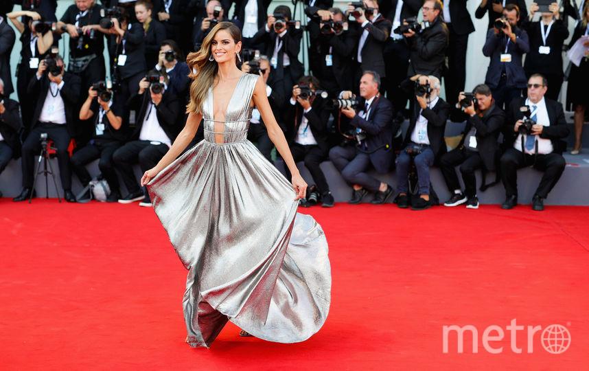 Платья с красной дорожки кинофестиваля в Венеции. Изабель Гулар. Фото Getty