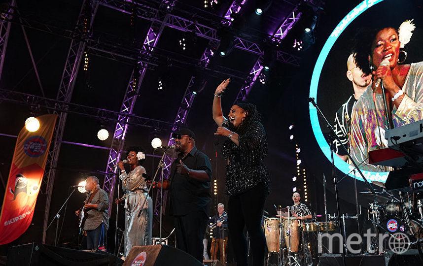 Овациями провожали не только Incognito, но даже более бурными – музыкантов российских. Фото koktebel-jazz.ru
