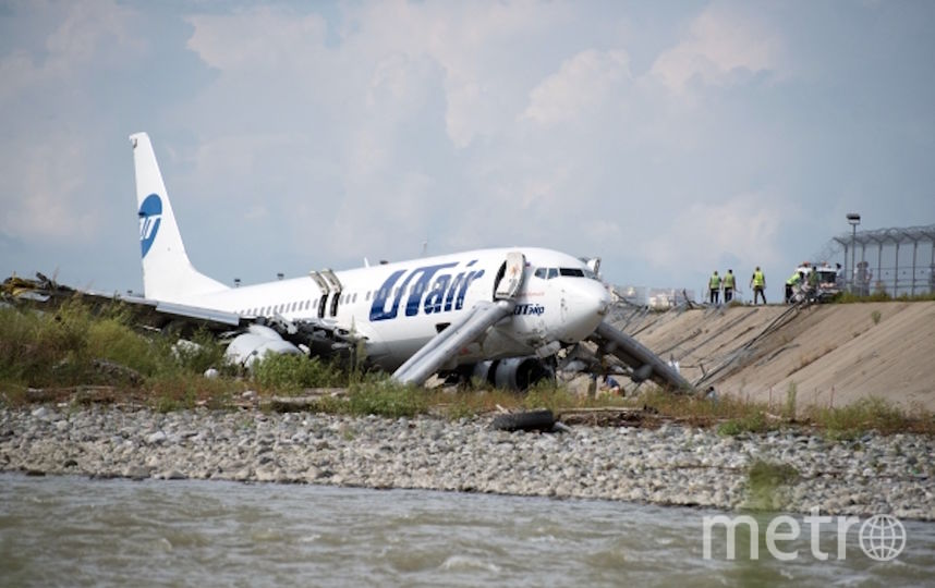 На борту лайнера находились 164 пассажира и шесть сотрудников экипажа. Фото РИА Новости