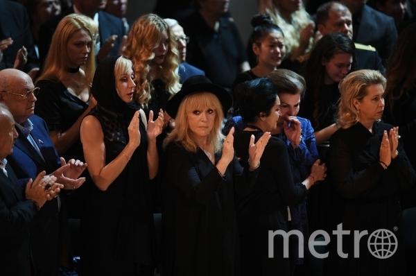С Иосифом Кобзоном простились в Концертном зале им. Чайковского. Фото РИА Новости