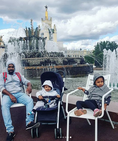 """Петербурженка Екатерина Цойлик привезла в Россию мужа и детей. Фото все : instagram @tsoylita, """"Metro"""""""