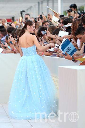 Натали Портман спасала платье молодой актрисы. Фото Getty