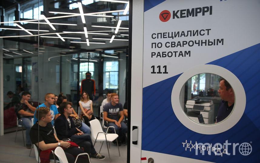 В Москве на ВДНХ теперь работает супермаркет профессий. Фото Василий Кузьмичёнок
