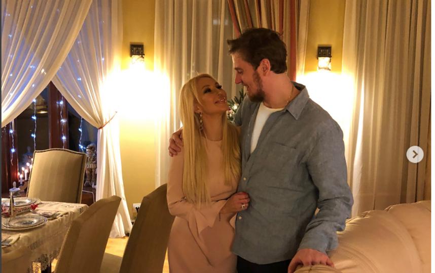 С супругом. Фото instagram.com/leratv