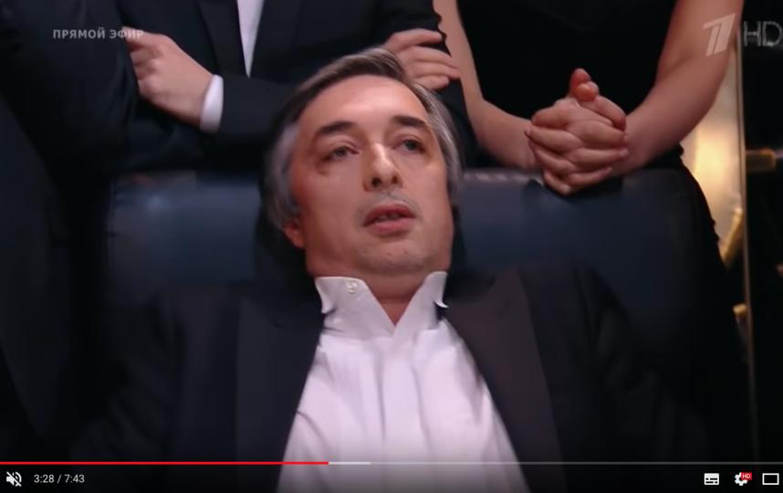 """Ровшан Аскеров на игре """"Что? Где? Когда?"""". Архивные кадры. Фото скриншот https://www.youtube.com/watch?v=Aezz_foZ1oU"""
