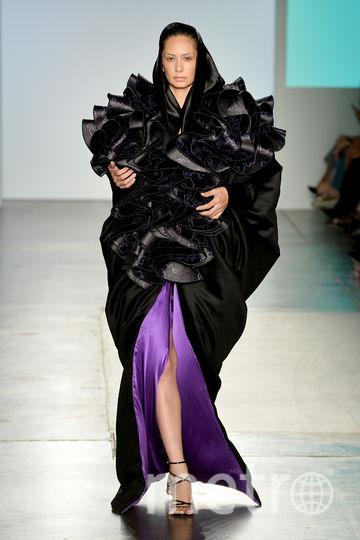 Показ Kim Tiziana Rottmuller на Неделе моды в Нью-Йорке. Фото AFP