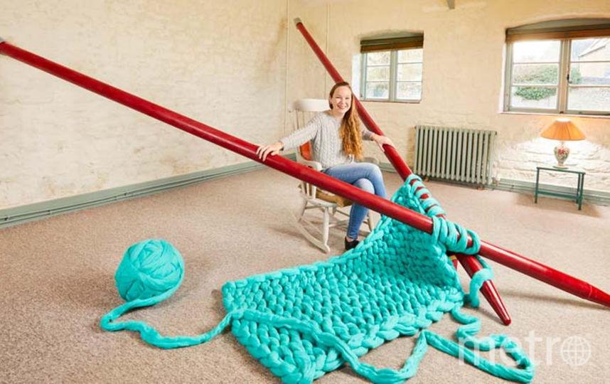 Гигантские спицы для вязания. Фото Предоставлено организаторами