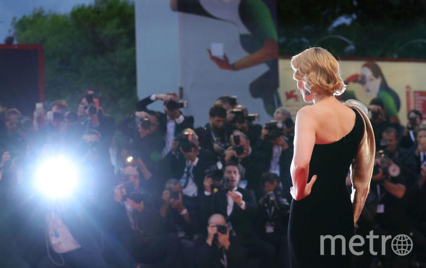 """Кейт Бланшетт на красной дорожке Венецианского фстиваля, фотоархив. Фото """"Metro"""""""