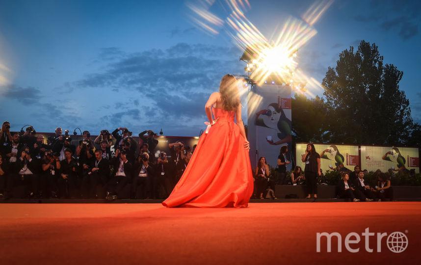 "Мадалина Генеа на красной дорожке Венецианского фестиваля, фотоархива. Фото ""Metro"""
