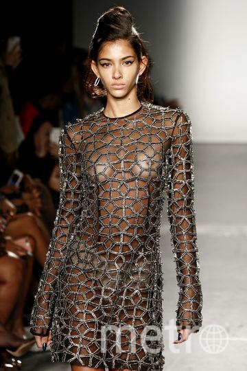 Модели на Неделе моды в Нью-Йорке. Показ Laquan Smith. Фото Getty