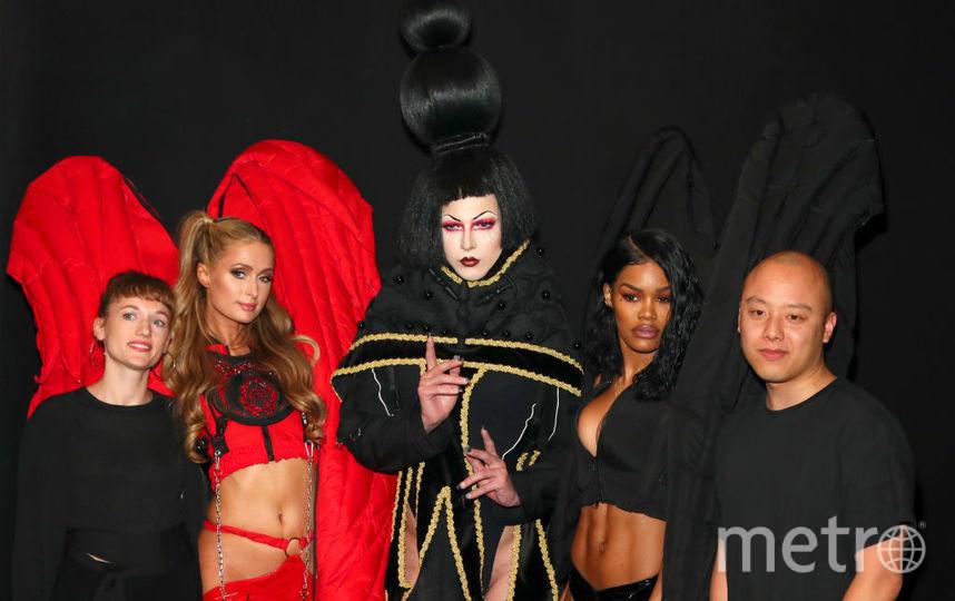 Пэрис Хилтон приняла участие в показе бренда Namilia на Неделе моды в Нью-Йорке. Фото Getty