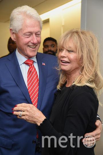 Билл Клинтон и актриса Голди Хоун. Фото Getty