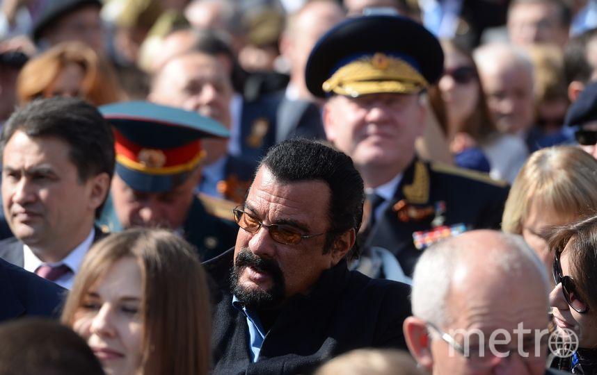 Стивен Сигал на параде Победы в Москве. Фото Getty