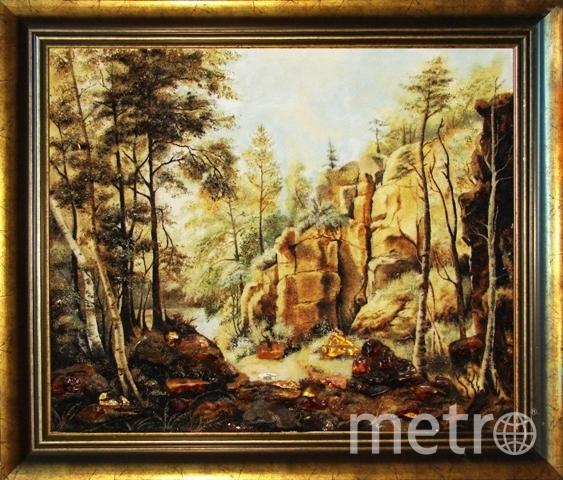 """Картина из янтаря """"Карелия Валаам"""". Фото yantarlavka.ru"""