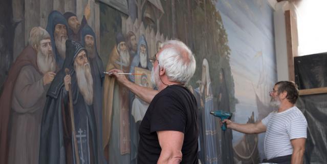 В монастыре проходят полномасштабные работы по реставрации.