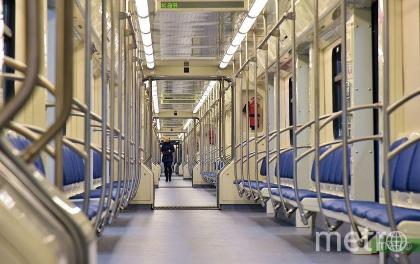 В московском метро машинисты начали приветствовать пассажиров, как пилоты самолётов. Фото Василий Кузьмичёнок