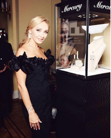 Татьяна Навка на вечеринке в честь 10-летия Tatler. Фото instagram/tatiana_navka
