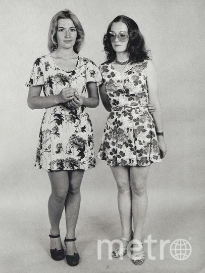 Блондинка – Светлана Жаворонкова, брюнетка – её сестра Римма. Фото Nathan Farb.