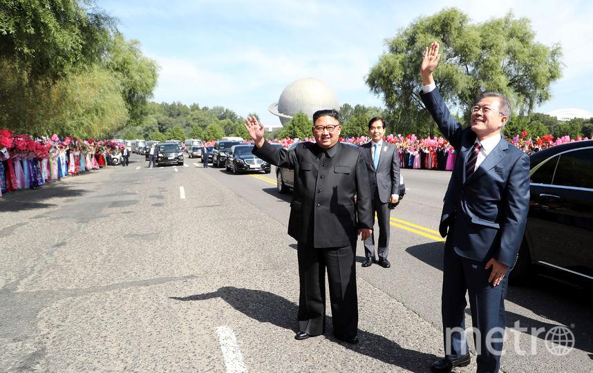Ким Чен Ын принял в Пхеньяне главу Южной Кореи и его жену. Фото AFP