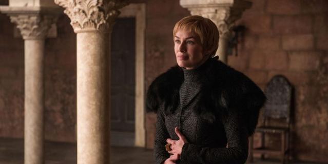 """Королева Серсея вынашивает коварные планы, кадр из сериала """"Игра престолов""""."""