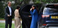 В тренде: Меган Маркл в васильковом пальто провела пикник с мамой Дорией и принцем Гарри