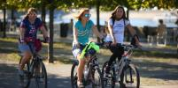 Москвичи наслаждаются летним теплом осенью: фото