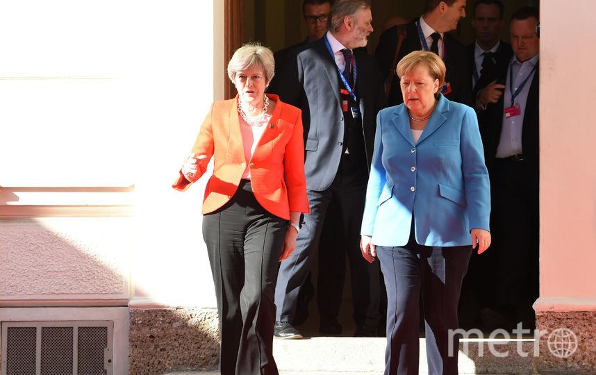 Тереза Мэй и Ангела Меркель на неформальной саммите в Зальцбурге. Фото AFP