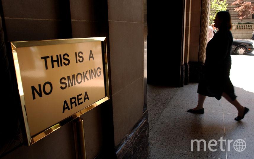 Было известно, что Минтранс выступал за возвращение курилок в чистые зоны аэропортов. Фото Getty