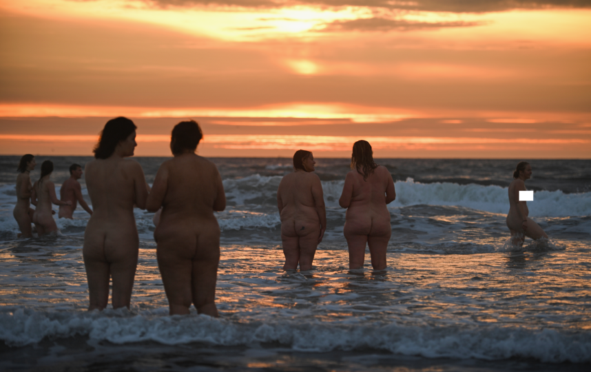 Chick Kind Of Goes Skinny Dipping Poses Naked On Beach 1