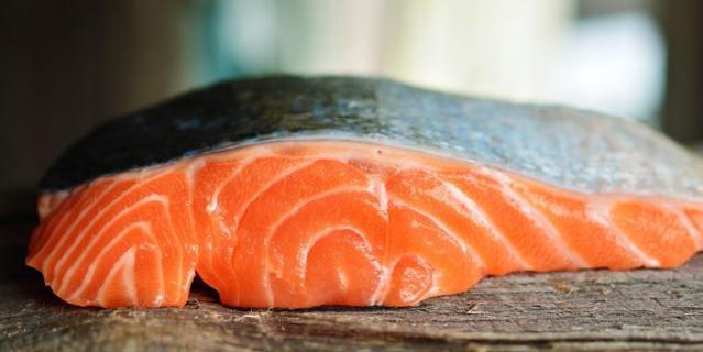 Четверть производителей рыбной продукции подменяют дорогие виды рыбы более дешёвыми.