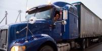 Женщинам разрешат водить грузовики и поезда