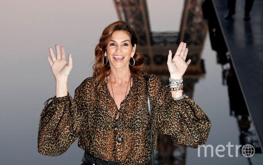 Синди Кроуфорд на Неделе моды в Париже. Фото AFP