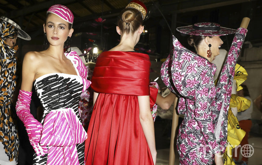 Кайя Гербер на Неделе моды в Милане. Фото Getty