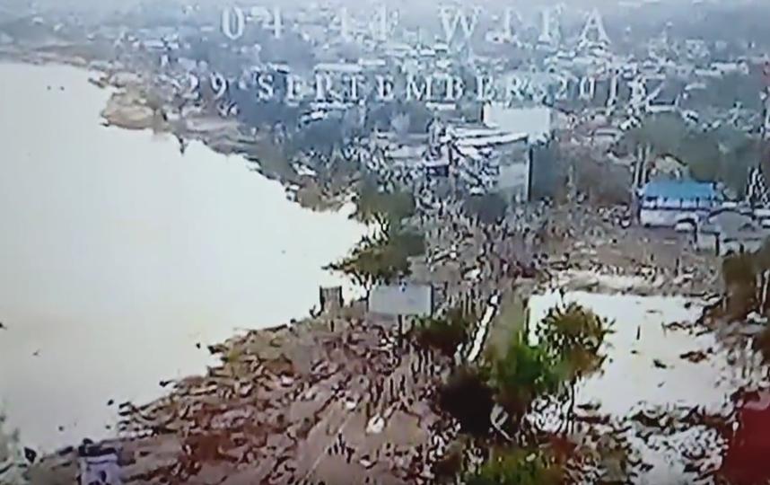 Число погибших в Индонезии выросло до 405 человек. Фото Скриншот Youtube