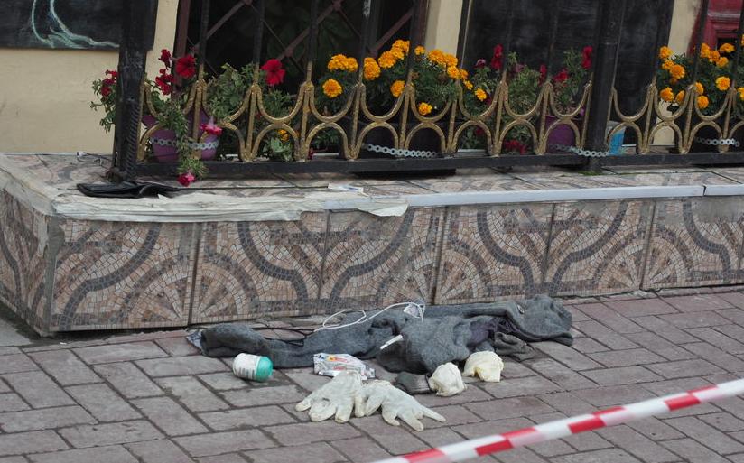"""АО """"Теплосеть Санкт-Петербурга"""" поможет родным молодых людей, погибших во время коммунальной аварии в антикафе на Измайловском проспекте, 20. Фото """"Metro"""""""