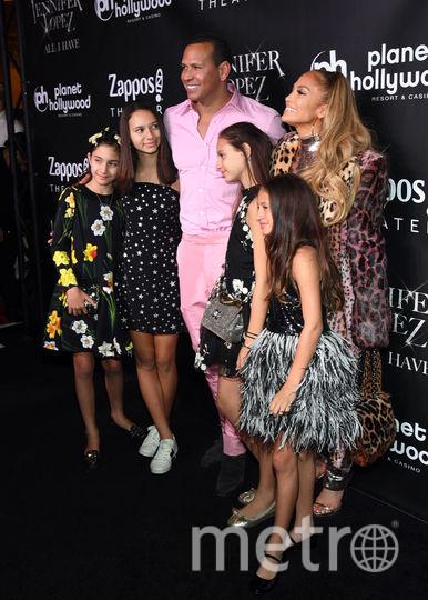 Джей Ло в финале шоу устроила шикарную вечеринку. Фото Getty