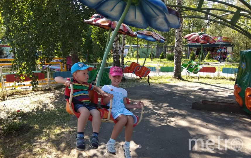 """Все отдыхают на Черном море, а мы на Белом.( г. Северодвинск). Фото Богданова Людмила, """"Metro"""""""