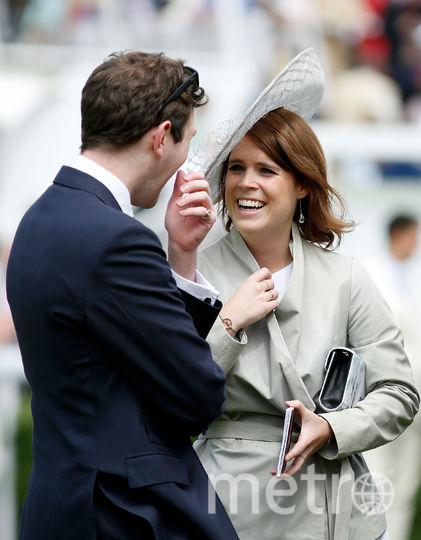 Принцесса Евгения со своим женихом Джеком Бруксбэнком. Фото Getty
