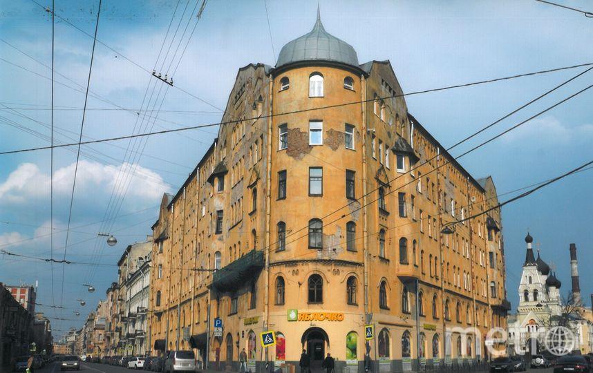 Дом на Мытнинской до реставрации. Фото Предоставлено Ярославом Костровым