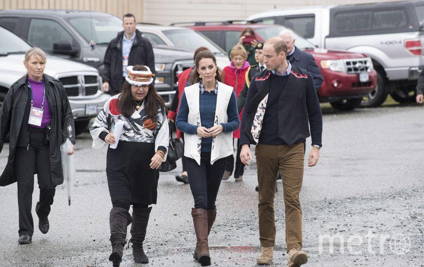 Кейт в тех самых сапогах в 2016 году в сообществе Белла Белла в Канаде. Фото Getty