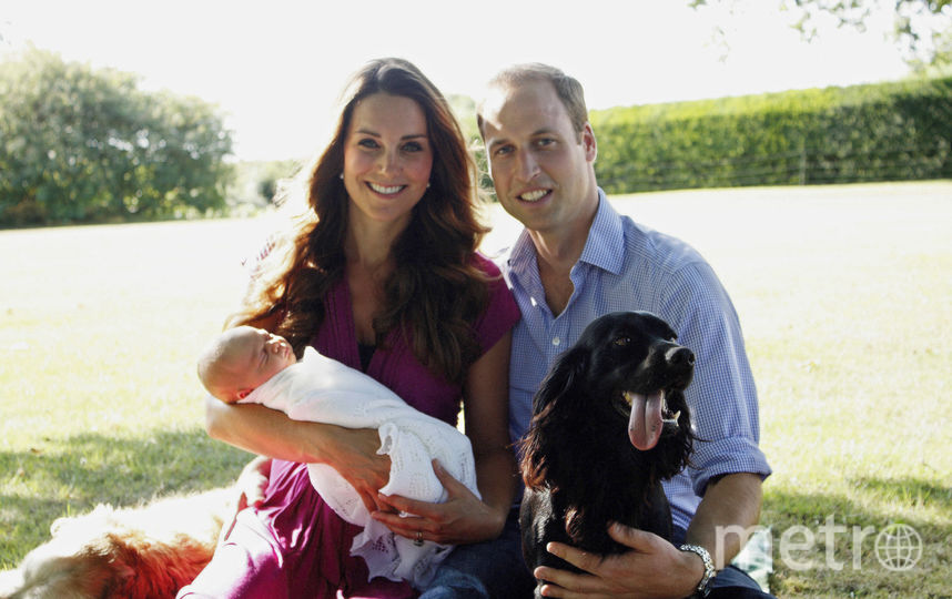 Кейт Миддлтон и принц Уильям с принцем Джорджем. Фото Getty