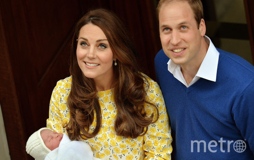 Кейт Миддлтон и принц Уильям с принцем Луи. Фото Getty