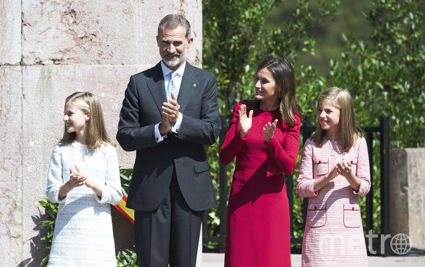 Королева Летиция и король Филипп VI с детьми. Фото Getty