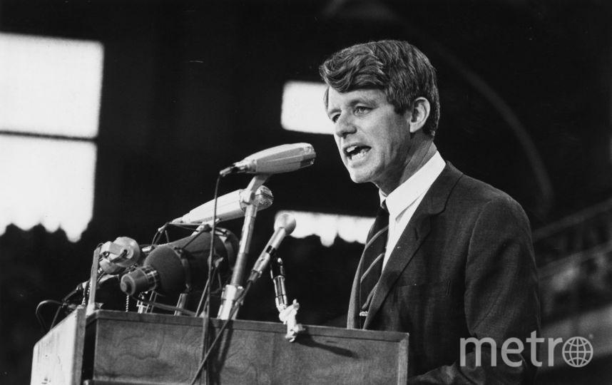 Роберт Кеннеди выступает перед публикой. Фото Getty