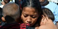 Землетрясение и цунами в Индонезии погребли под завалами 152 000 человек. Фото